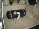 баллон 100л в багажной части автомобиля